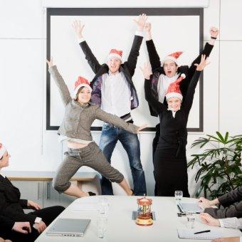 Быстрый поиск кафе для корпоративного Нового года