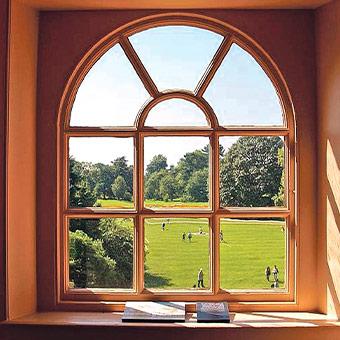 Заказать деревянные окна в Краснодаре