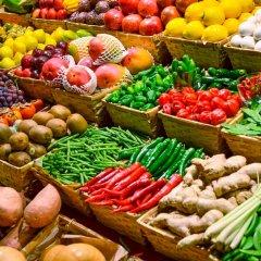 Щедрость Кубани: что покупать на рынке в июле?