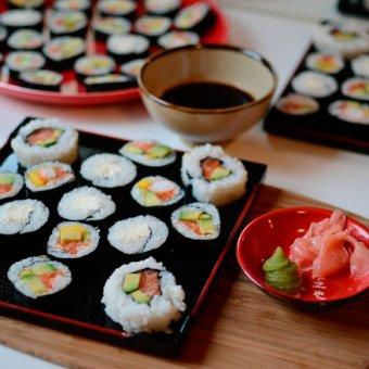 Доставка суши на дом или почему можно не ходить в ресторан?